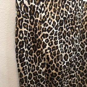 Cache Skirts - Cache leopard animal print satin pencil skirt sz 2